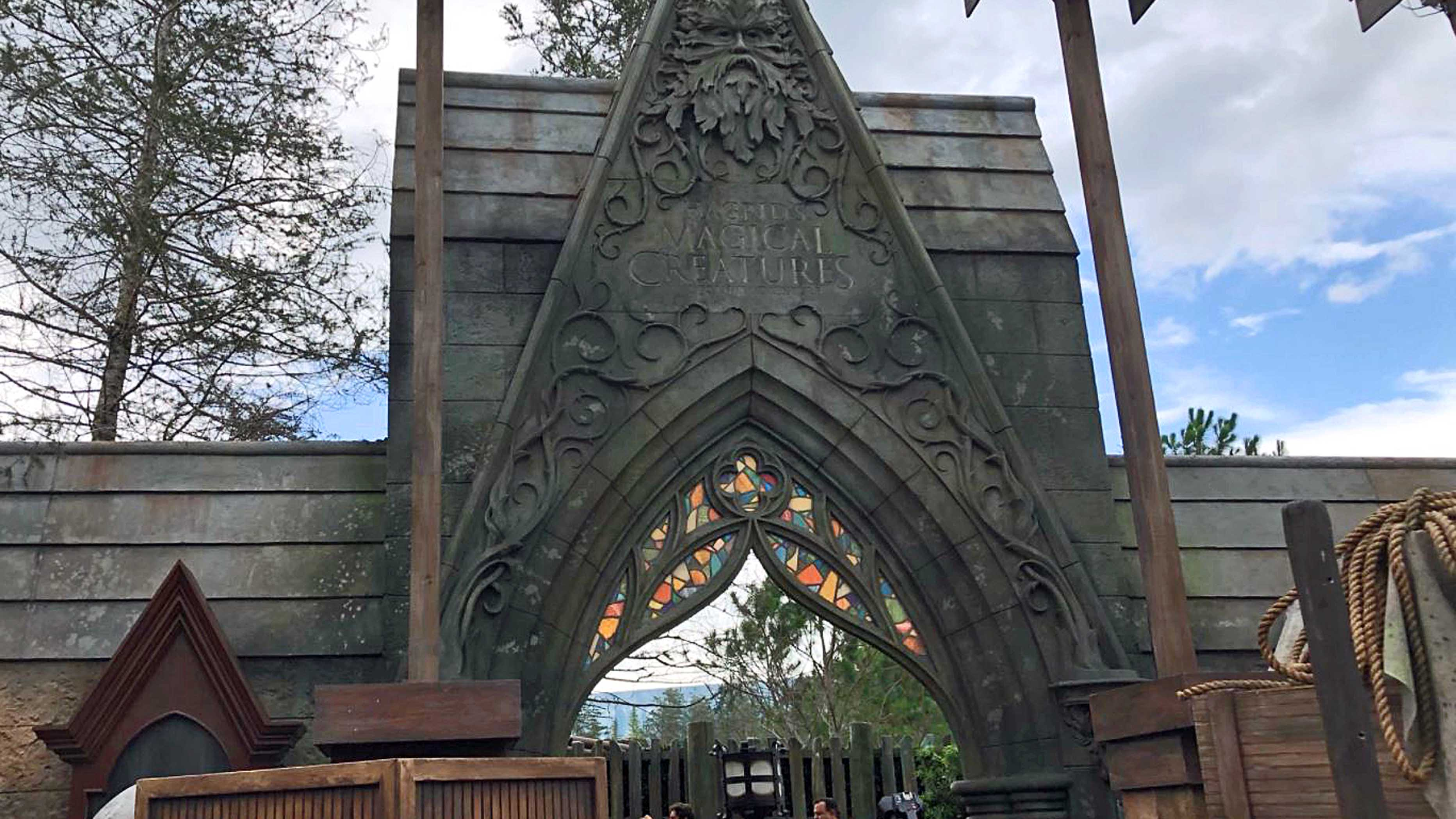 Spot These Easter Eggs on Universal's Hagrid Coaster
